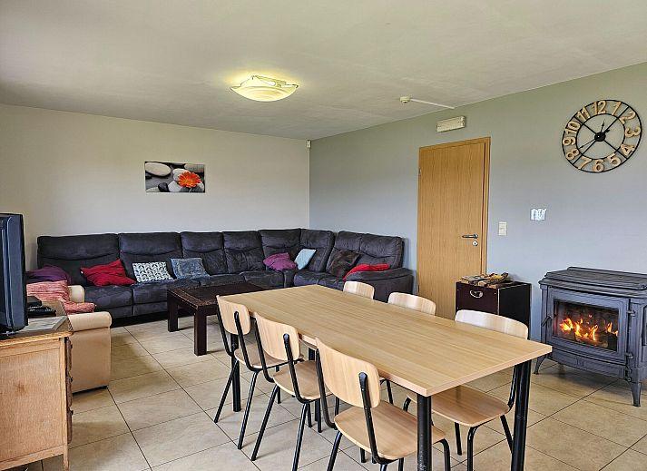 Vakantiewoning l 39 all e verte stavelot luik belgi - Geplaveid voor allee tuin ...